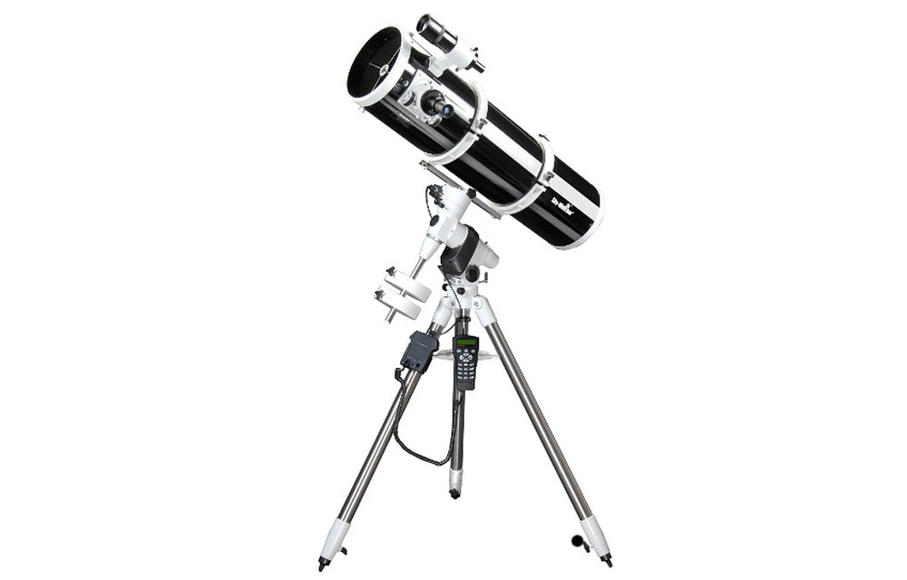 Riflettore Newton Explorer 200 EQ5 SynScan + Montatura